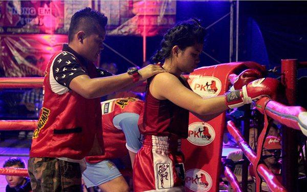 thai female fighters muay thai